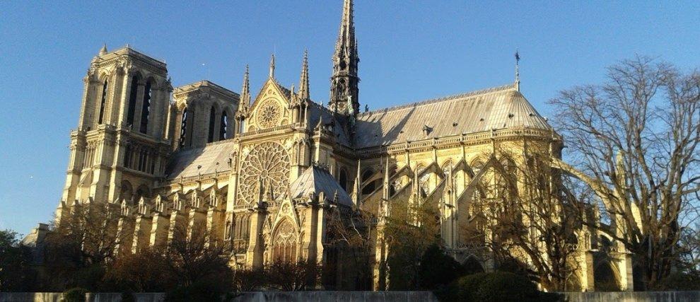 Pour la Restauration de Notre-Dame de Paris