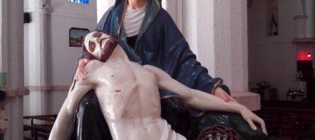 Prions pour Mater Dolorosa je te prie pour le peuple de Dieu.