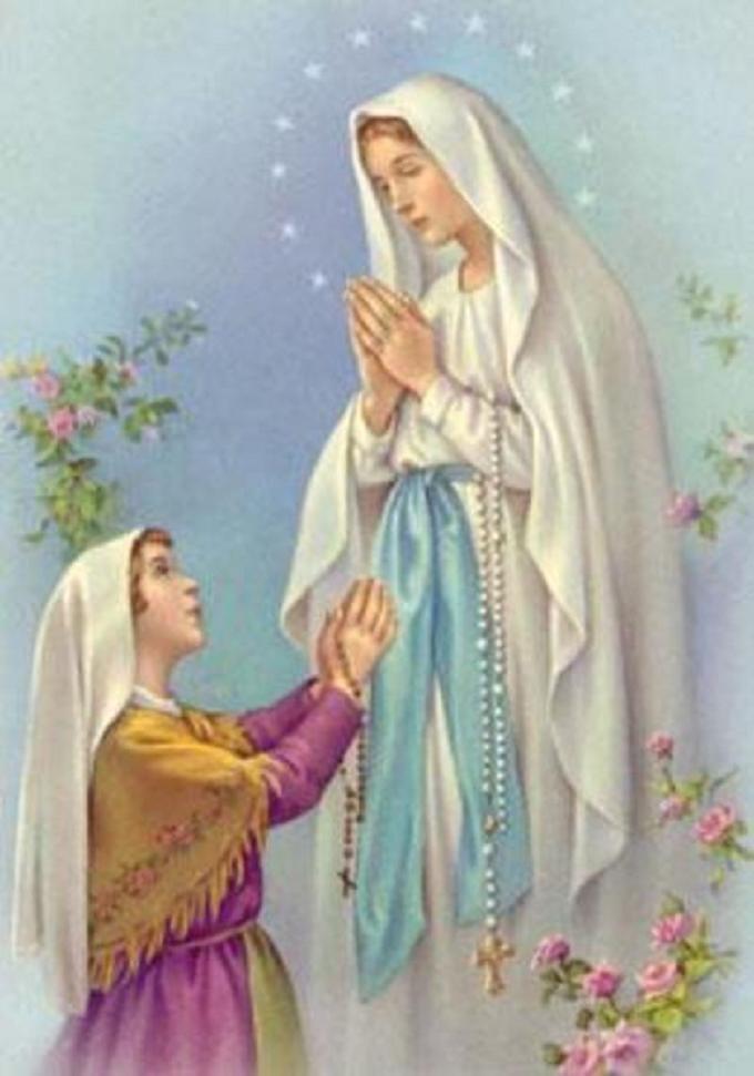 Marie, Reine du Très Saint Rosaire