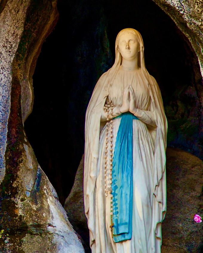 Notre-Dame de Lourdes, priez pour nous !