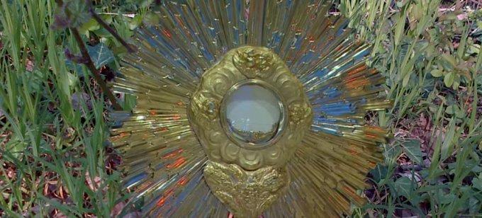 Sur l'Eucharistie - Foi eucharistique : crime et malheur de l'incrédulité