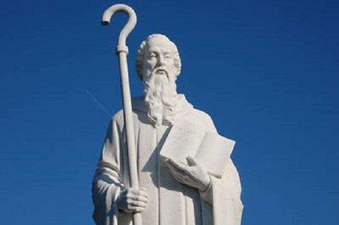 Prions pour nos malades avec Saint Benoit