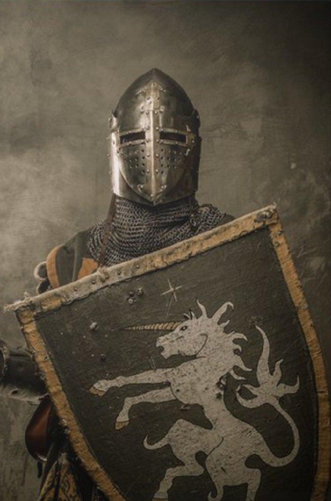 Ô mon Jésus, mon Bouclier et ma Force, accorde-moi la grâce de la victoire
