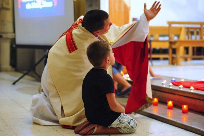 Jour 6 – Prions pour que les prêtres se décident à la sainteté