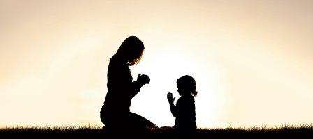 9 jours pour apprendre à prier en famille !