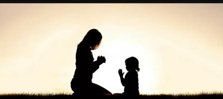 ¡9 días para aprender a orar en familia!