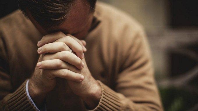 i nous ne persévérons pas dans la prière, nous déjouons les plans de Dieu