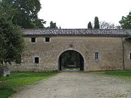 141489-claire-de-castelbajac-suite