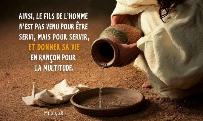 Ainsi, le Fils de l'homme n'est pas venu pour être servi, mais pour servir