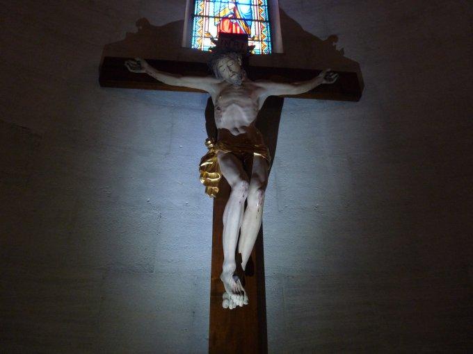 Au pied de la Croix avec Marie