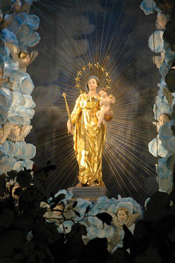 Prières à Notre-Dame de Lumières