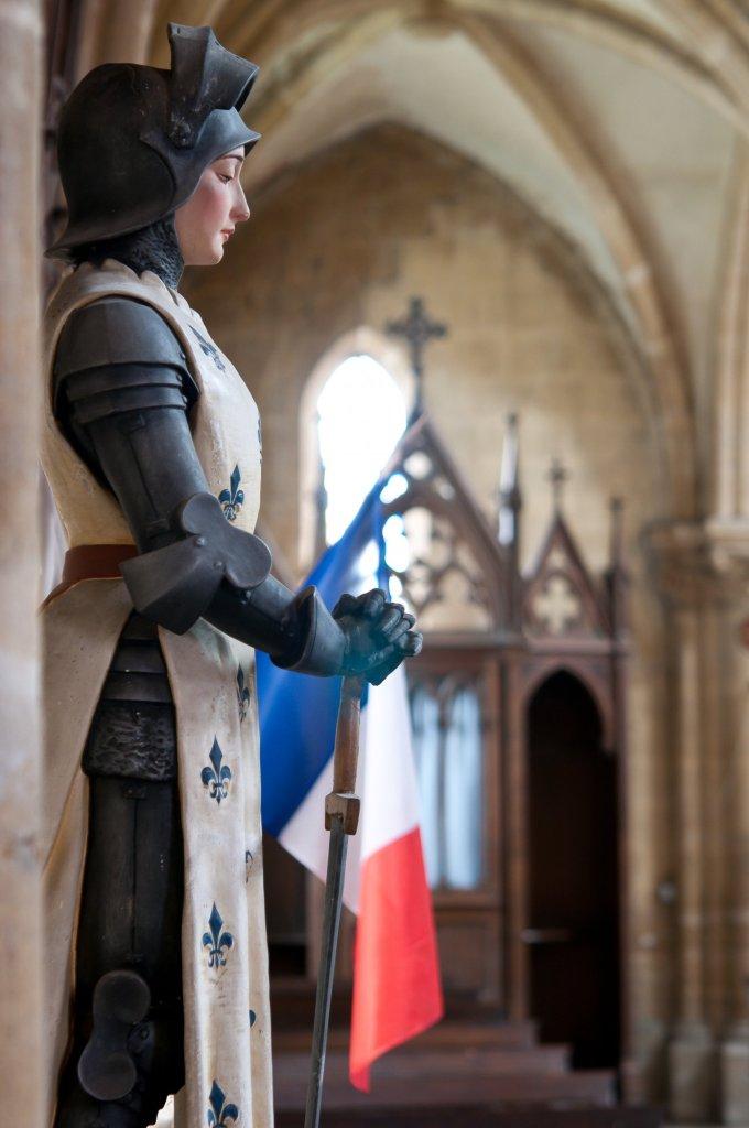 Deuxième jour : pour la fidélité de la France à la foi catholique.