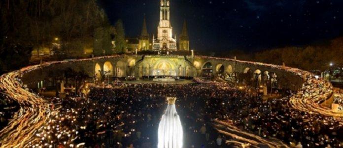 Un millón de granizo al Elíseo por Pentecostés