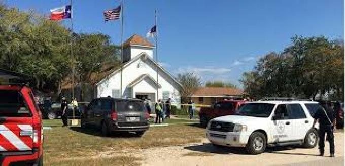 """""""Breaking news"""" : Fusillade dans une église au Texas"""