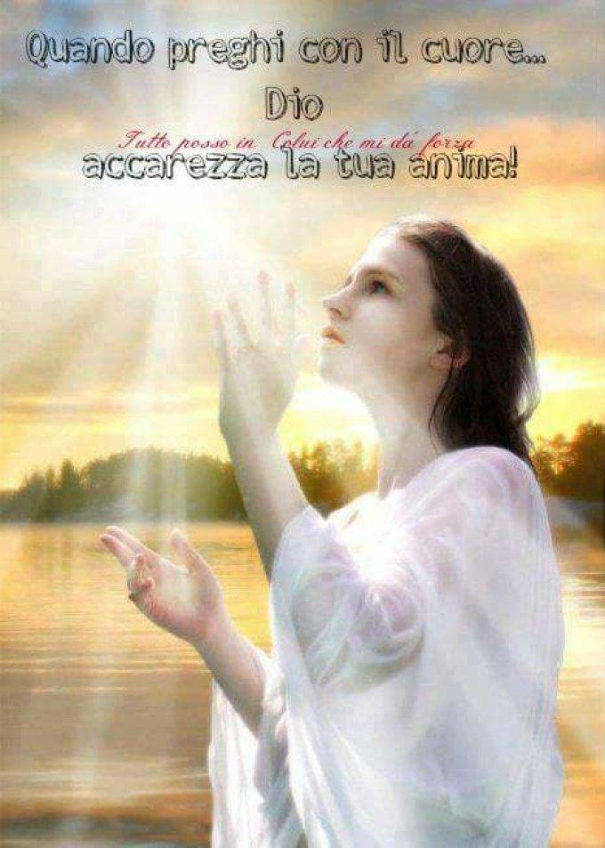 "Quand tu pries de tout ton coeur, Dieu caresse ton âme"""