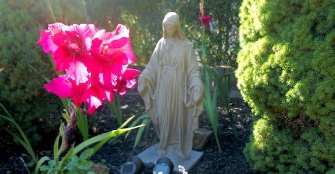 La Sainte Vierge connaissait-elle l'avenir?