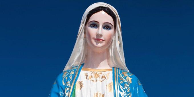 26 mai : Marie demande la paix entre l'Orient et d'Occident