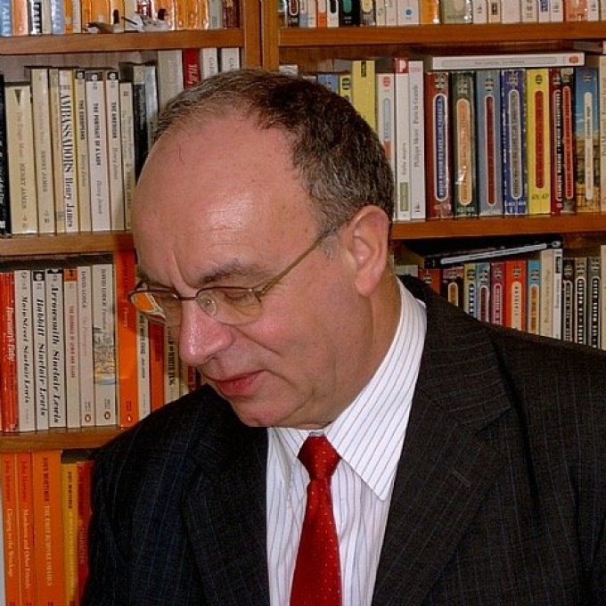 Gérard, traducteur pour Hozana