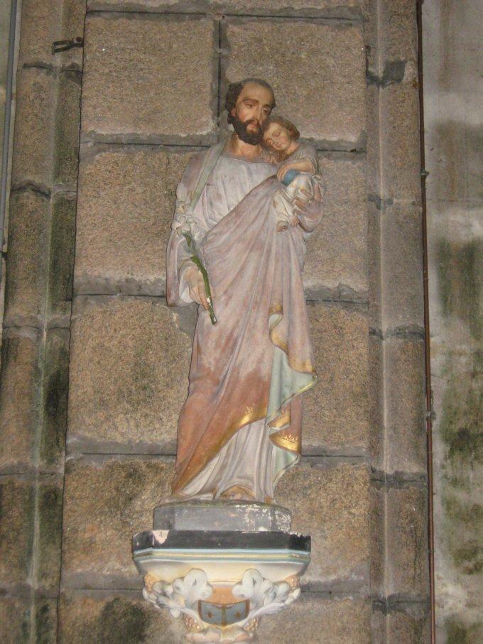 Saint Joseph, doué de très grandes grâces, priez pour nous