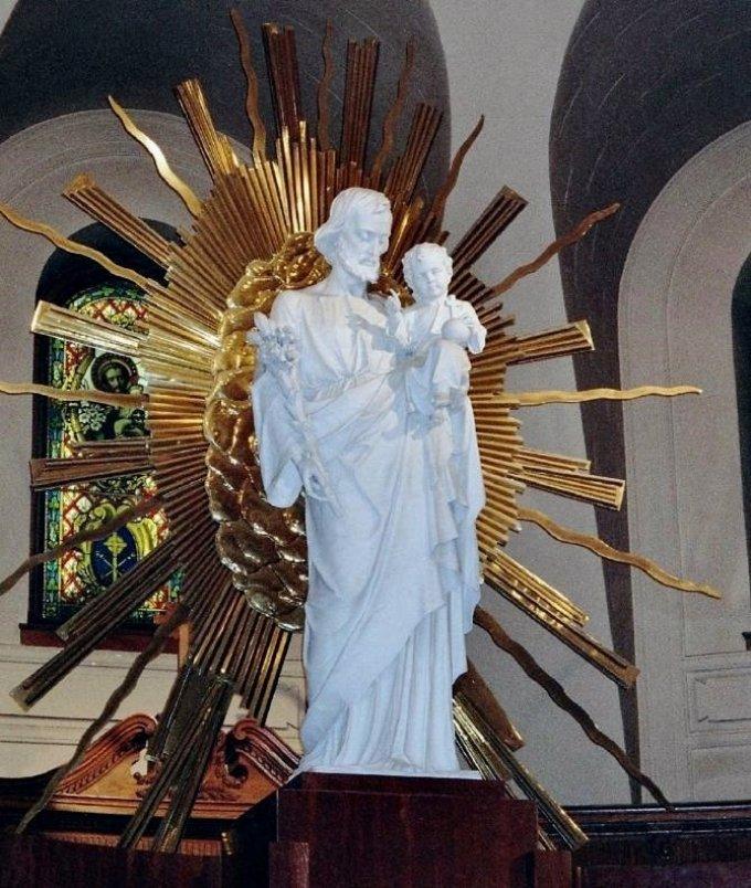 Saint Joseph, père et consolateur des âmes affligées, priez pour nous