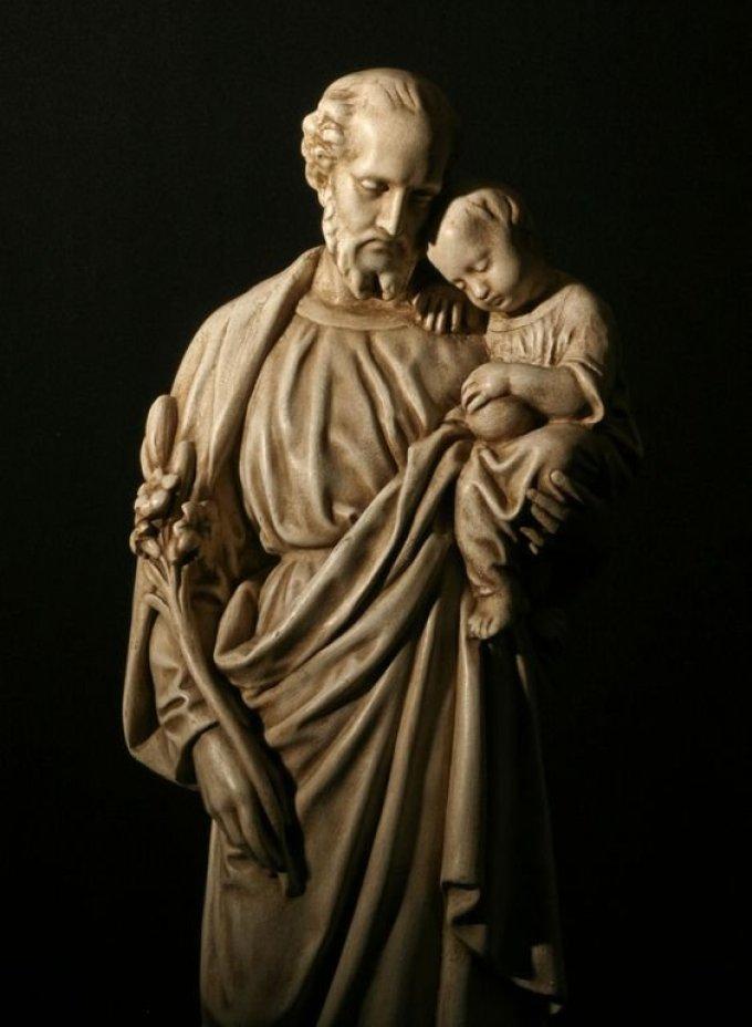 Saint Joseph, comblé des dons de l'Esprit-Saint, priez pour nous