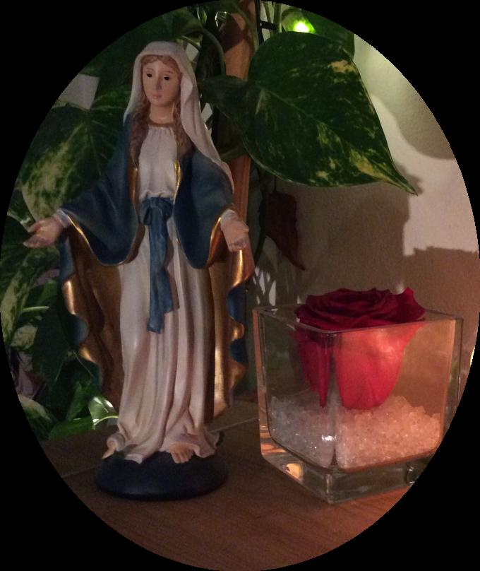 « Marie est ma Reine avant la vôtre. » dit Jésus