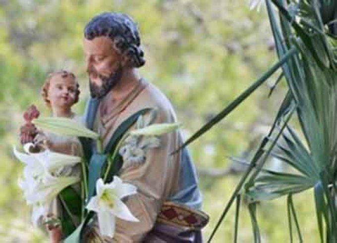 Saint Joseph, très profond en humilité, priez pour nous