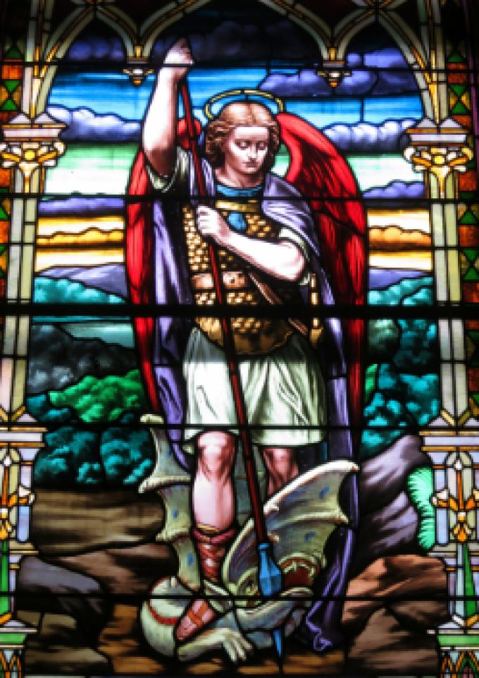 St Michel archange, défendez-nous dans le combat.