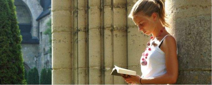Jour 9 - Prions pour les jeunes qui discernent leur vocation