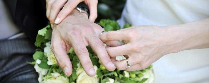 Jour 16 - Prions pour les jeunes qui s'engagent dans le mariage