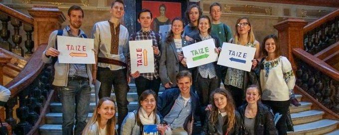Jour 25 - Prions pour que les jeunes oeuvrent à l'unité de l'Eglise