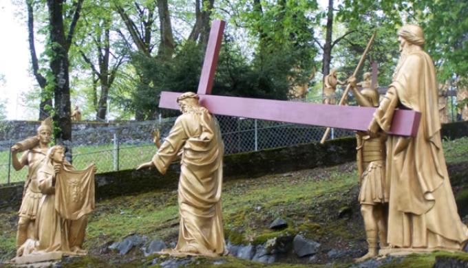 La Messe: …………………Offrande à la sainte Trinité  ->  Sanctus
