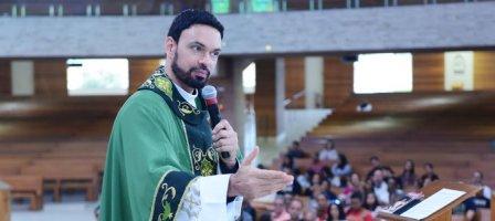 Como superar e vencer a ansiedade? - Padre Adriano Zandoná