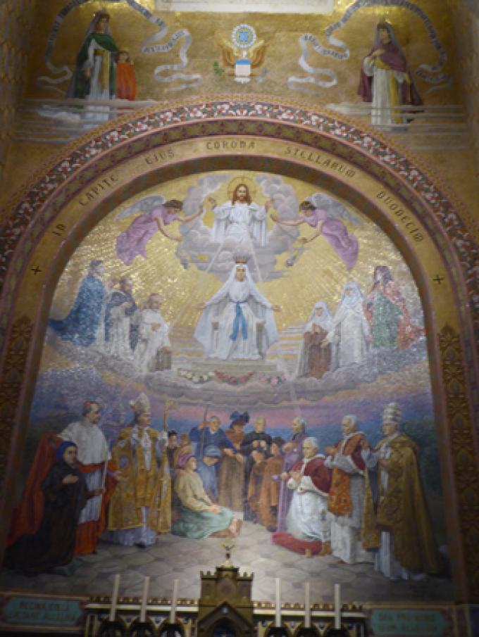 Le Rosaire….. Le couronnement de Marie.