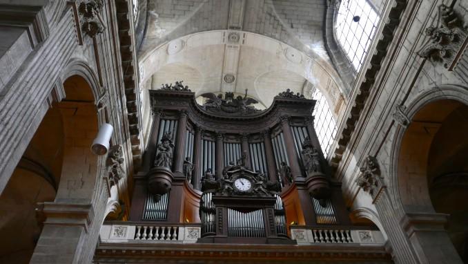 74300-samedi-26-mars-priere-proposee-par-le-pere-ludovic-frere-recteur-du-sanctuaire
