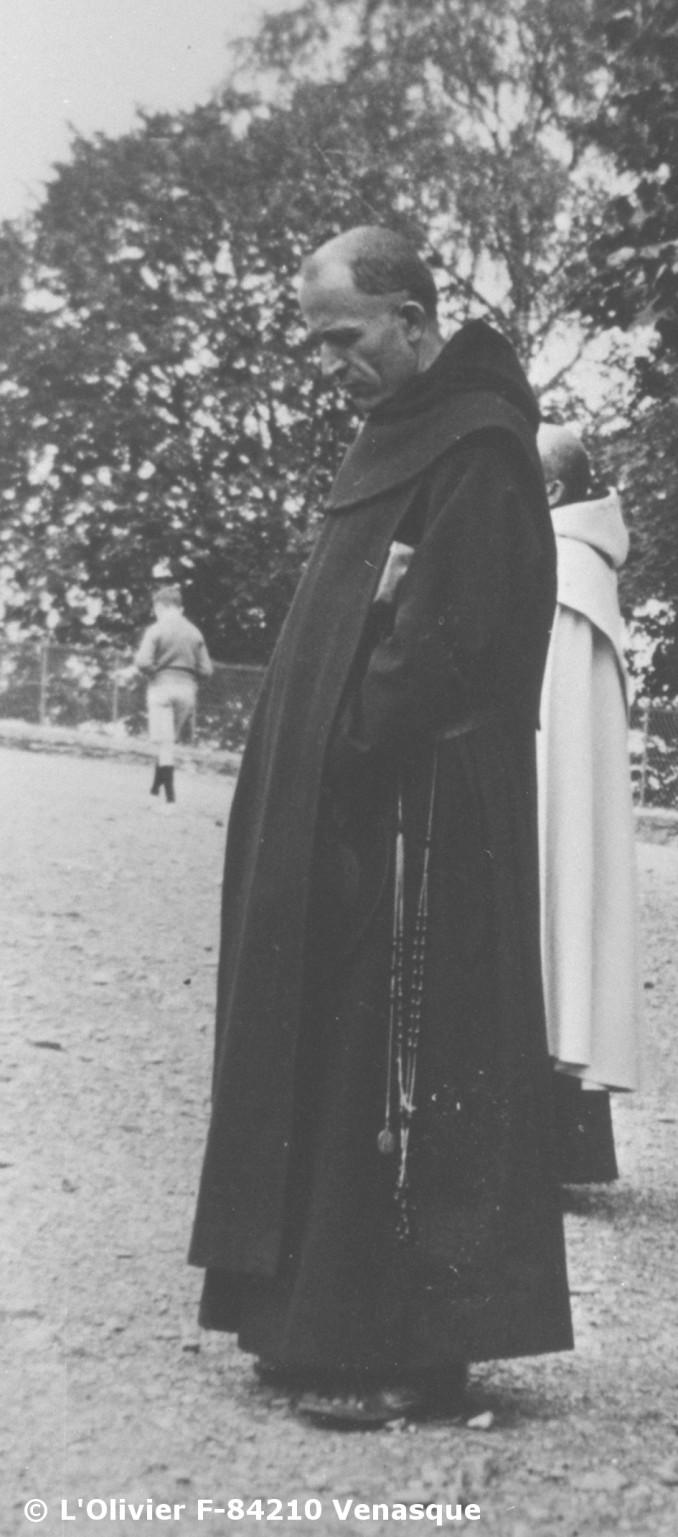 20 - Entrons dans l'Avent 2016 P.Marie-Eugène et les Prophéties Bibliques 7_d%C3%A9c_(1933,_Lourdes).Web1_1