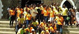 Prions pour La jeunesse du monde entier et les personnes agées