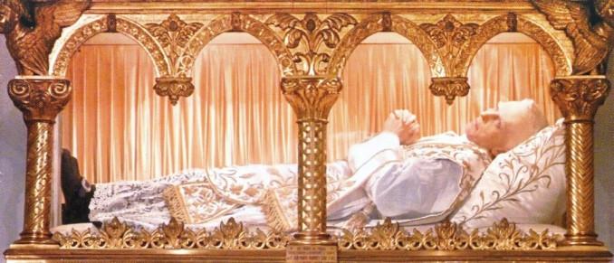 78592-l-ideal-du-cenacle---comprendre-l-eucharistie-dans-sa-totalite