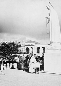 79429-les-statues-de-notre-dame-de-fatima