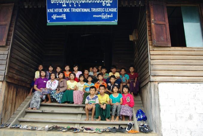 80866-pour-les-chretiens-persecutes-en-birmanie