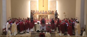 Prions une neuvaine pour les prêtres et les diacres