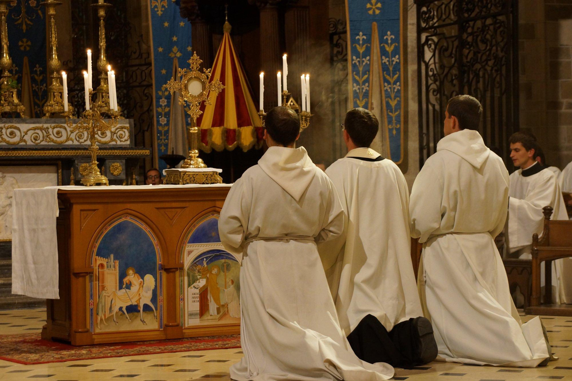 81599-prions-pour-les-seminaristes-et-les-vocations-sacerdotales