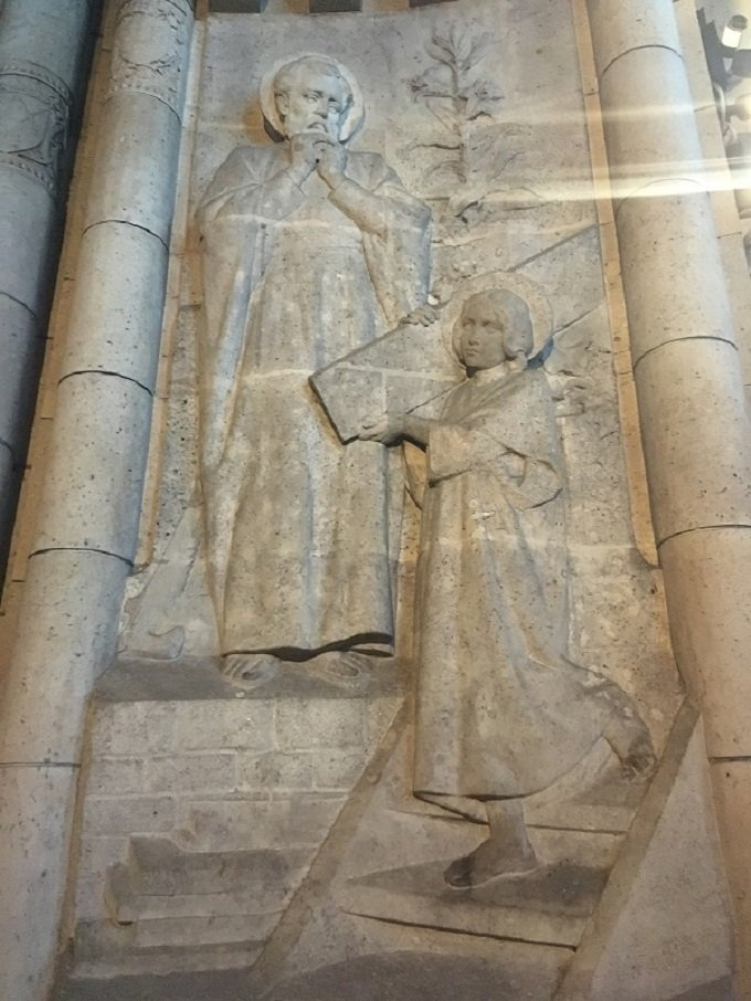 Saint Joseph, qui êtes récompensé au Ciel d'une gloire, priez pour nous