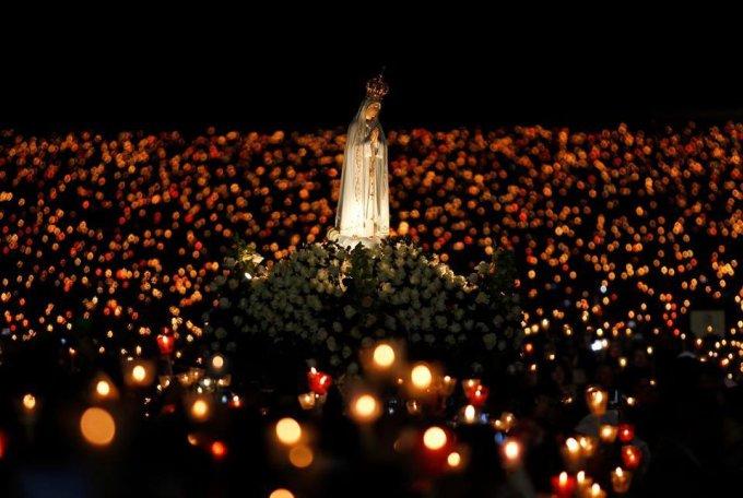 4 avril à 20:00 - Rosaire pour la paix avec Notre-Dame de Fatima