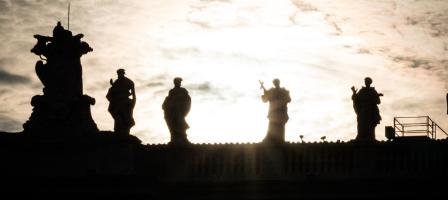 En communion de prière avec les Saints pour la France