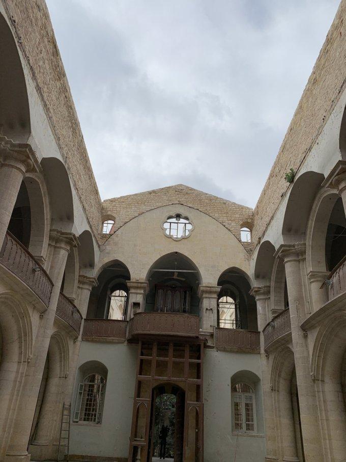 Prions pour la reconstruction du toit de la cathédrale maronite d'Alep