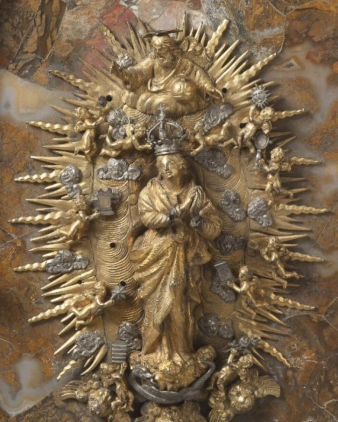 9 octobre, cinquième mystère glorieux:  le couronnement de Marie