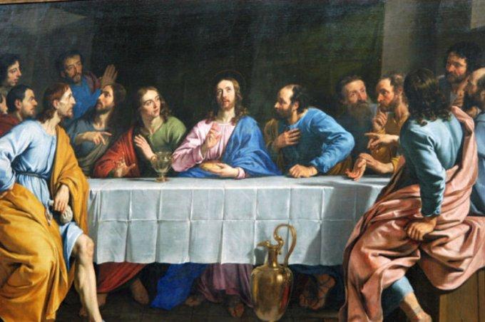 Jour 1 de chaque mois:  Le chapelet de l'Eucharistie