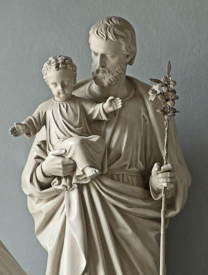 Saint Joseph, puissant soutien de l'Eglise et de Jésus-Christ, priez pour nous