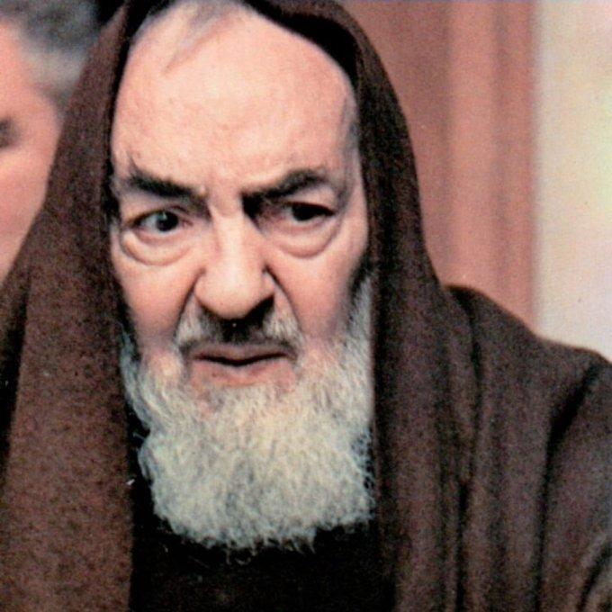 Novena a padre Pio, día 2